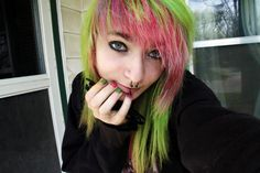 How I miss to be young enough to do this with my hair! :)