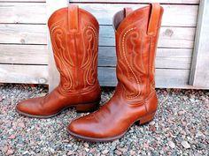 1f74d3ece8c Cowboy boots 10.5 D   Vintage mens Ariat boots