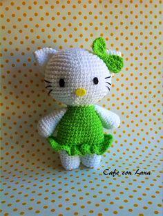 Hello Kitty Amigurumi - Patrón Gratis en Español - Click aquí para ver el patrón: http://cafeconlana.blogspot.com.es/2015/05/hello-kitty-patron.html