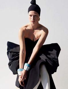 Raquel Zimmermann Transforms in the Autumn Collections for Vogue Paris