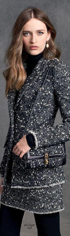 Dolce & Gabbana Winter 2016 • The LOOK BOOK by Babz • ❤️ ✿ιиѕριяαтισи❀ #abbigliamento