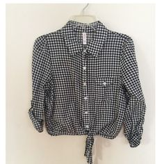 Plaid crop top button up Super nice only worn once :) Xhilaration Tops Crop Tops