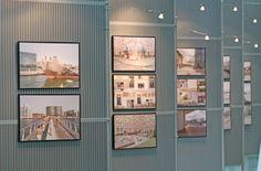 Photos murales. Exposition Photo, Milan, Divider, Room, Photos, Furniture, Home Decor, Murals, Hamburg