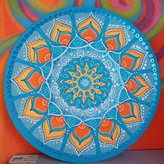 Mandalas - Aromacromoterapia – Equilibrando los sentidos con Ely Mandala Doodle, Mandala Art Lesson, Mandala Stencils, Lotus Mandala, Mandala Drawing, Mandala Painting, Dot Painting, Crochet Mandala, Painted Pots