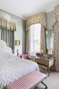 Light Green Walls & Colefax & Fowler Headboard in bedroom design ideas on HOUSE - design, food and travel by House & Garden. The bedroom design of your dreams? Shabby Chic Bedrooms, Trendy Bedroom, Shabby Chic Kitchen, Shabby Chic Decor, Bedroom Green, Bedroom Decor, Bedroom Neutral, Bedroom Ideas, Light Green Walls