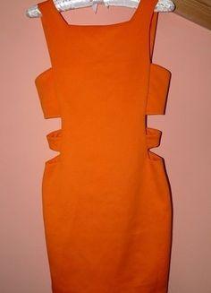 Kup mój przedmiot na #vintedpl http://www.vinted.pl/damska-odziez/krotkie-sukienki/17856716-sukenka-pomaranczowa-wyciecia-po-bokach