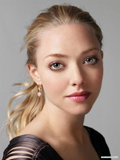 Amanda Seyfried- Chloe, Red Riddin Hood, Jennifer Body, Mean Girls