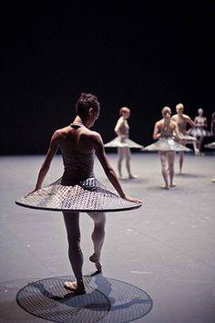 """Un documentaire exclusif sur """"Clear, Loud, Bright, Forward"""", le ballet de Benjamin Millepied à l'Opéra national de Paris : bientôt sur CANAL+"""