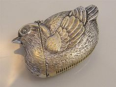 SILVER PLATE GARDEN BIRD VESTA CASE MATCH SAFE