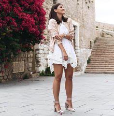 Outfit: Pastel Bomber Jacket w/ Lace Shorts & Summer Feeling I Ibiza