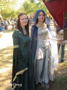 Texas Renaissance Festival Renaissance Time, Costume Ideas, Costumes, Medieval Fantasy, Period, Texas, Beautiful Women, Saree, Halloween