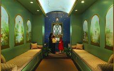 design-happens-childrens-chapel-prayer600x375