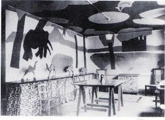 [Omega Workshops model nursery from Beyond Bloomsbury: Designs of the Omega Workshops .] Vanessa Bell is not among the British . Cressida Bell, Clive Bell, Duncan Grant, Vanessa Bell, Bloomsbury Group, Workshop Design, Foo Dog, Victoria And Albert Museum, Pillow Design