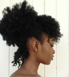35 fast natural hairstyles for short natural hair - Afro Hair Cabello Afro Natural, Pelo Natural, Long Natural Hair, Natural Hair Bangs, Afro Hairstyles, Trendy Hairstyles, 4c Natural Hairstyles, Protective Hairstyles, Type 4c Hairstyles