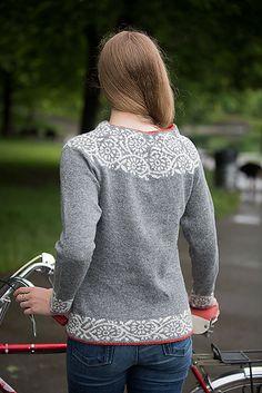 Ravelry: Akebia pattern by Kate Gilbert Fair Isle Knitting Patterns, Jumper Patterns, Fair Isle Pattern, Vest Pattern, Sweater Knitting Patterns, Crochet Cardigan, Knitting Designs, Knit Crochet, Woolen Tops