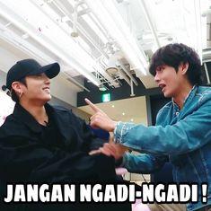K Meme, Funny Kpop Memes, Exo Memes, Stupid Memes, Haha, Bts Face, Bts Meme Faces, Bts Love Yourself, Bts And Exo