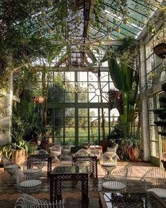 Pool Garden, Backyard Greenhouse, Greenhouse Ideas, Window Greenhouse, Garden Design, House Design, Log Home Decorating, Cottage In The Woods, Loft