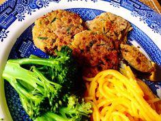 Hambúrgueres de grão-de-bico e quinoa