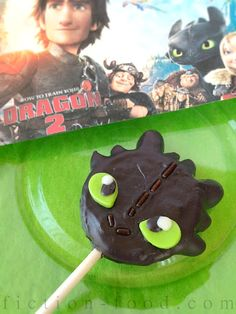 """Fiction-Food Café: Toothless Cookie Pops for """"How to Train Your Dragon Dragon Birthday Cakes, Dragon Birthday Parties, 5th Birthday Party Ideas, Dragon Party, Dragon 2, Boy Birthday, Pink Dragon, Birthday Stuff, Cake Birthday"""