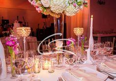 Mesa Principal  #cristinarojas #weddingday #bodas #novios #amor #sueños #flores #design #weddingdesigner #haciendas #CRWedding #decoración #ambientacion #events #bodas #colombia #destinos #cristina+personal #produccion #musica #fotografia #exclusividad #maspersonal # Cristina Rojas + Personal https://www.instagram.com/cristinarojasevents/