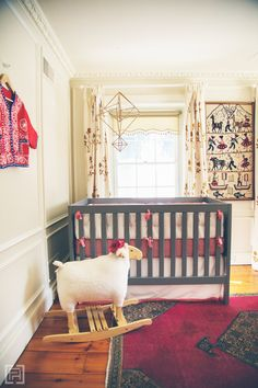 This interior designer pulled together a storied, globally inspired nursery that does NOT scream nursery. This space could inspire any room in your home. Via interior designer @fieldstonehill #bloggerstylinhometours #interiordesigntips