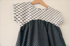 Encore une robe Izzy, vous savez, ce patron gratuit de la tunique qu'il est facile de transformer en robe, celui dont je suis acc...