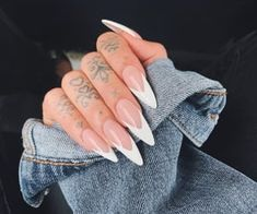 Edgy Nails, Grunge Nails, Stylish Nails, Cute Nails, Pretty Nails, Almond Nails French, Almond Acrylic Nails, Fall Acrylic Nails, Long Almond Nails