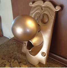 Hey, I found this really awesome Etsy listing at https://www.etsy.com/listing/185469439/alice-in-wonderland-doorknob-wall-decor