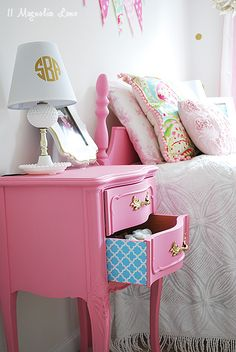 Girl's Room Decorated in Pink & Gold--vintage nightstand gets a colorful surprise {shelf paper!}