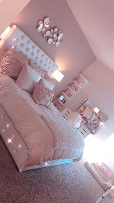 dream rooms for women \ dream rooms ; dream rooms for adults ; dream rooms for women ; dream rooms for couples ; dream rooms for adults bedrooms ; dream rooms for girls teenagers Bedroom Ideas For Small Rooms Women, Bedroom Decor For Teen Girls, Cute Bedroom Ideas, Room Ideas Bedroom, Small Room Bedroom, Diy Bedroom, Gold Bedroom, Girls Bedroom Pink, Cute Rooms For Girls