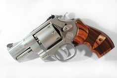 Smith and Wesson 627 Performance Center (357 Mag) think I like it, bet it packs a kick