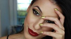 New Year's Eve Makeup Tutorial | Gold Glitter Cut Crease With Red Lips