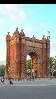 Arco del Triunfo. Barcelona, Catalonia