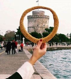 This delicious Greek bread ring covered with toasted sesame seeds (Koulouri Thessalonikis) is definitely one of the most popular street food you may find in and around (Photo credit: Greek. Mein Land, Places In Greece, Athens Greece, Greece Thessaloniki, Europe Travel Tips, Macedonia, Greek Islands, Greece Travel, Trip Planning