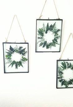 Handmade Pressed Botanical Wreath   floresdelsol on Etsy