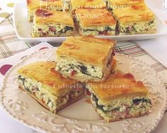 » Placinta cu iaurt, bacon si spanacCulorile din Farfurie Spanakopita, Zucchini, Bacon, Sandwiches, Cooking, Ethnic Recipes, Food, Roll Up Sandwiches, Meal
