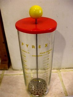 Want: Vintage Pyrex Mixer #vintage #pyrex