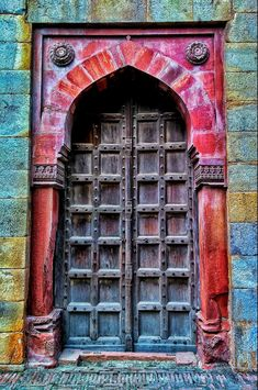 This door could have looked cold. The colors bring a friendly vibe to this entrance.