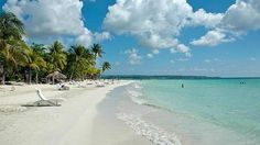 Seven Mile Beach , Negril , Jamaica