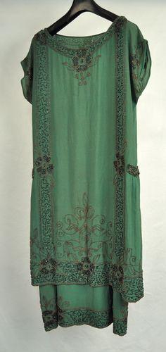 1920s French green beaded silk dress