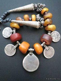 Shellест волн или ожерелья из ракушек