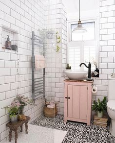 home design ideas 22 pretty pink room design ideas Bathroom Inspiration, Home Decor Inspiration, Bathroom Inspo, Small Bathroom Ideas, Simple Bathroom, Blush Bathroom, Bathroom Colours, Small Bathrooms, Home Decor Ideas
