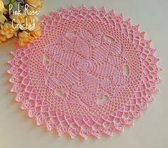 Gallant Doily! Eu queria muito fazer, e fiz este na linda cor delicate rose, e ainda pretendo fazer outro. No link abaixo mais Centr...