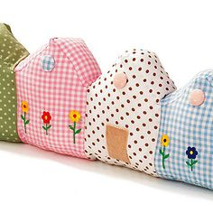 No pattern but would like to try and make these..... Seaside homes or something