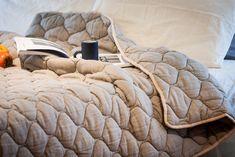 Wedding gift idea - King duvet - wool bedding - gray blanket - grey bedding - rustic style - linen blanket - ruffled linen cover - blanket by InNapBedding on Etsy https://www.etsy.com/ca/listing/515108841/wedding-gift-idea-king-duvet-wool