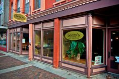 Beezy's in Ypsilanti, MI is our go-to weekend brunch spot.  On weekends when we don't go there, I sometimes feel like we didn't have a weekend...