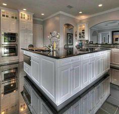 kitchen designs luxury homes dream house дом будущего, Luxury Kitchen Design, Dream Home Design, Luxury Kitchens, Home Kitchens, House Design, Tuscan Kitchens, Retro Home Decor, Home Decor Kitchen, Kitchen Dining