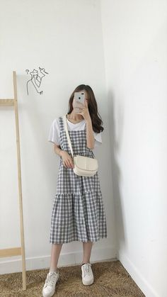 Best Picture For korean fashion edgy For Your Taste You are looking for something, and it is going t Mode Outfits, Korean Outfits, Grunge Outfits, Trendy Outfits, Fashion Outfits, Korean Style Dress, Hijab Fashion, Korean Clothes, Skirt Outfits