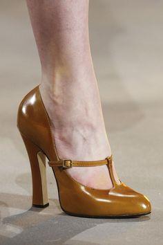 Damen Damen Spitz Extreme Stiletto Slip-on Court Schuhe Sandalen Grouml;szlig;e
