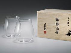 "Usuhari ""Bourgogne"" Glasses. Comes in a wooden box size: W118mm × L200mm × H100mm. Glass Size: φ66mmx H90mm/ 100cc, Ref: 2921001."